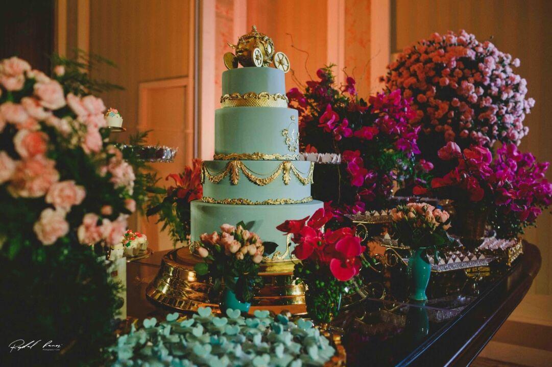 modelo de bolo para festa de 15 anos