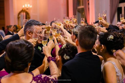comemoração de familiares na festa de casamento