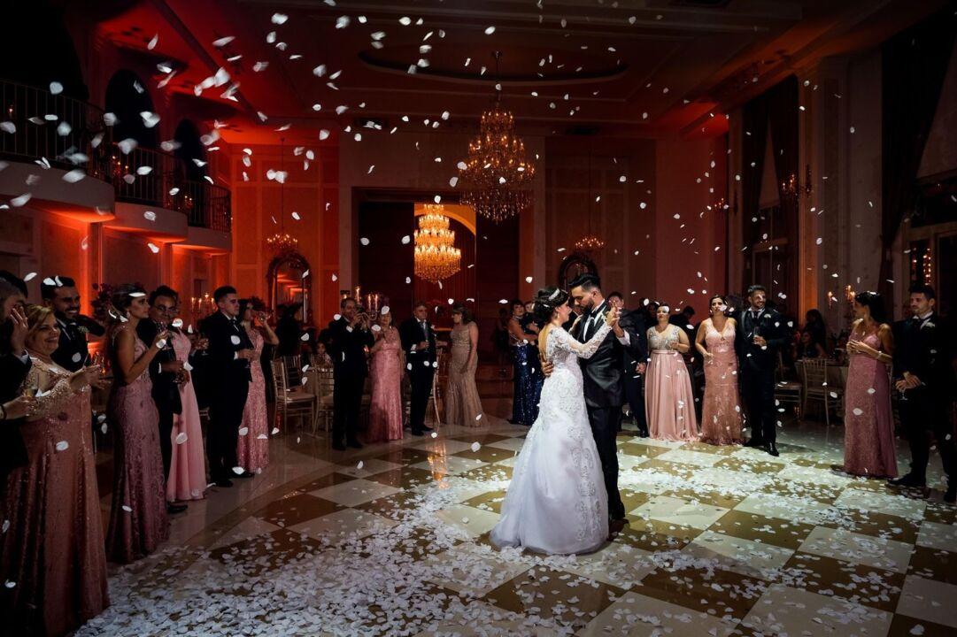 vestido de noiva inverno para uma festa incrível